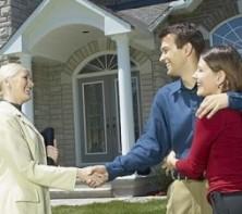 Приобретение зарубежной недвижимости: как преодолеть языковый барьер?