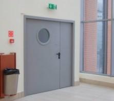 Противопожарная защита: металлические двери